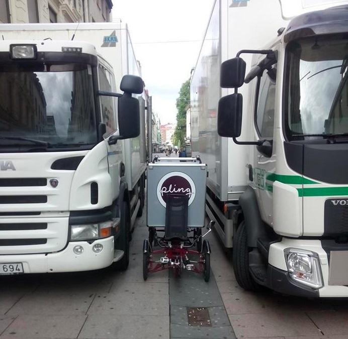 Lastcykel vs. lastbilar